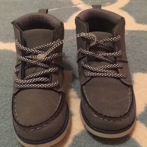 NWT OshKosh toddler boys boots